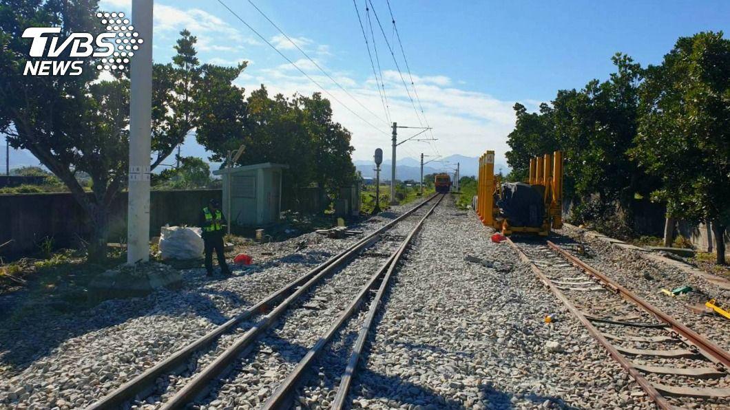 海端火車站發生工程車撞上道班工人意外。(圖/中央社) 台鐵工程車撞傷3工人 運安會與勞檢所調查