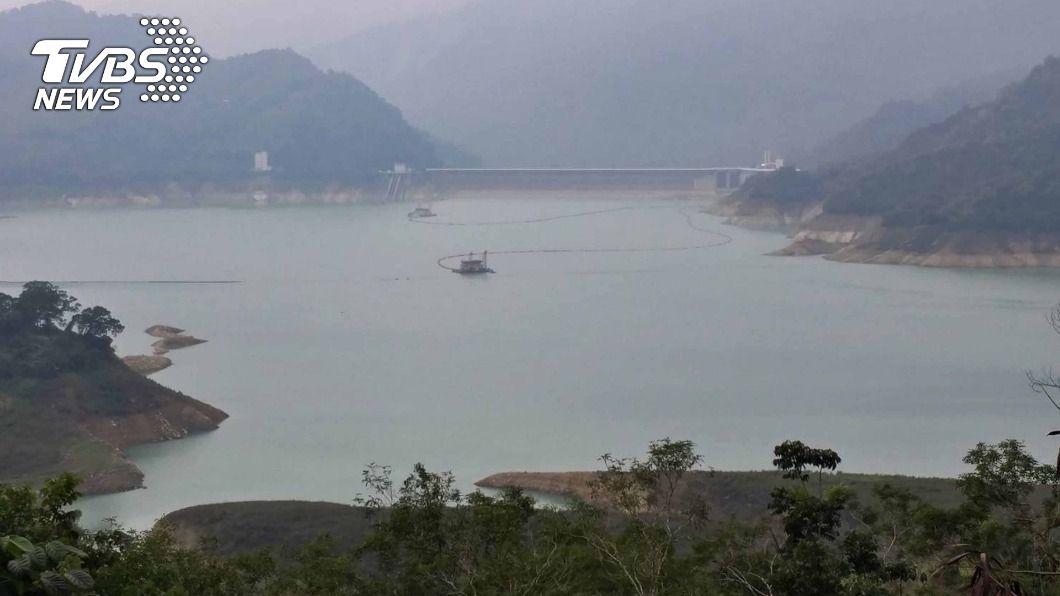 曾文水庫水量偏少。(圖/中央社) 曾文蓄水率跌破15% 台南2/25起橙燈減量供水