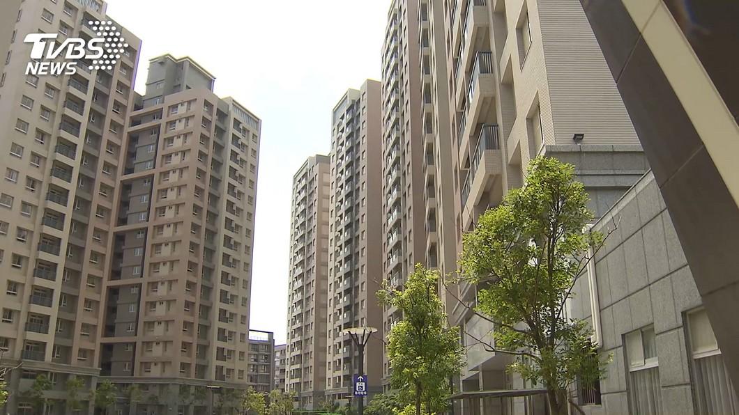 台灣房價居高不下,許多人想買房卻是望之興嘆。(示意圖/TVBS資料畫面) 月薪3萬多存6年 技術員竹市「買房買車」超省招式曝