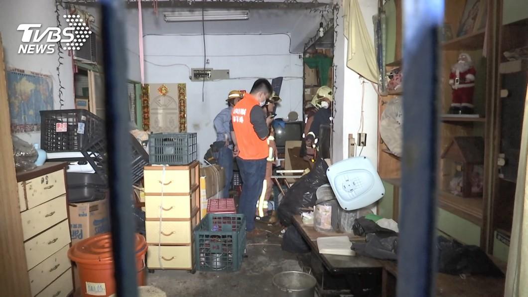 屋囤回收物 獨居翁喪命「20年垃圾海」