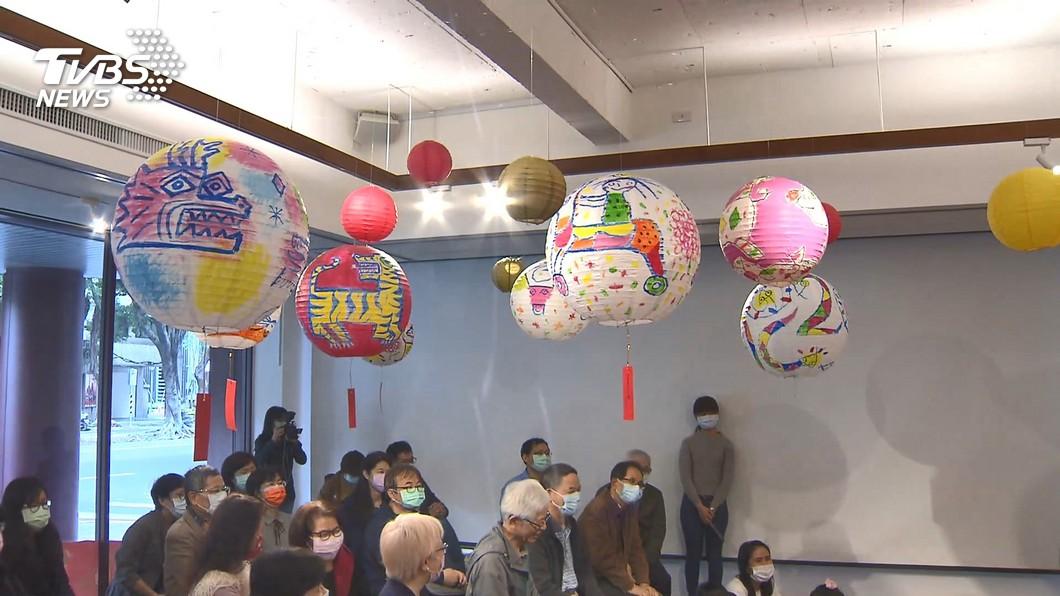 元宵應景!「紅包、環保氣球」DIY專屬燈籠