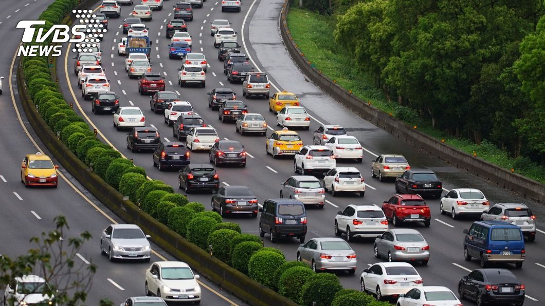 國3往國5塞爆 南港系統車速僅剩10公里