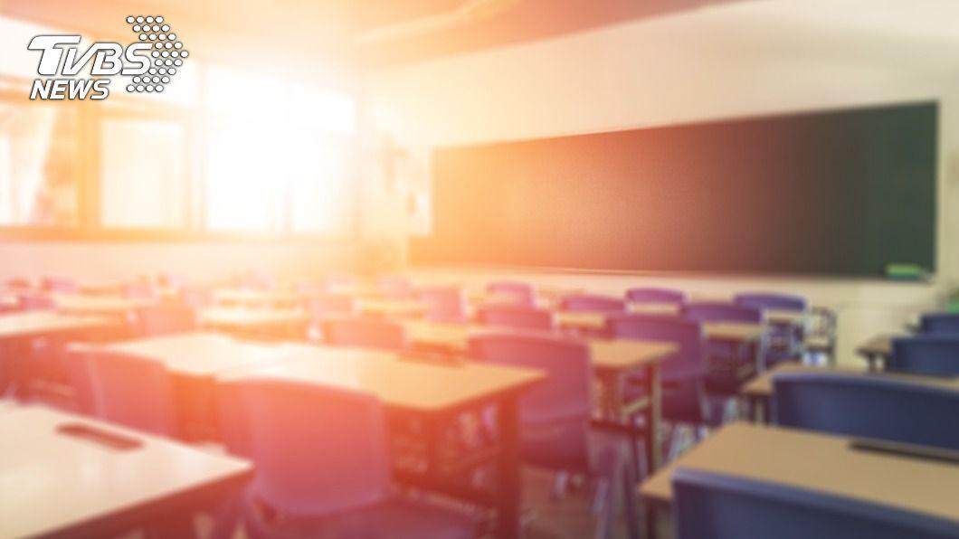 為協助經濟不利學生安心就學,將推動以學習取代工讀的輔導機制。(示意圖/shutterstock達志影像) 「學習取代工讀」獲獎學金 逾20萬經濟弱勢生受惠
