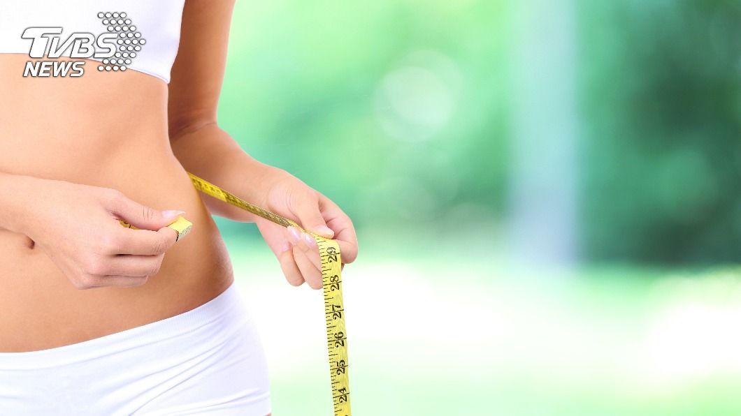 民眾可透過168間歇性斷食法減肥。(示意圖/shutterstock達志影像) 揪168斷食無效「最大盲點」 營養師籲5大族群當心