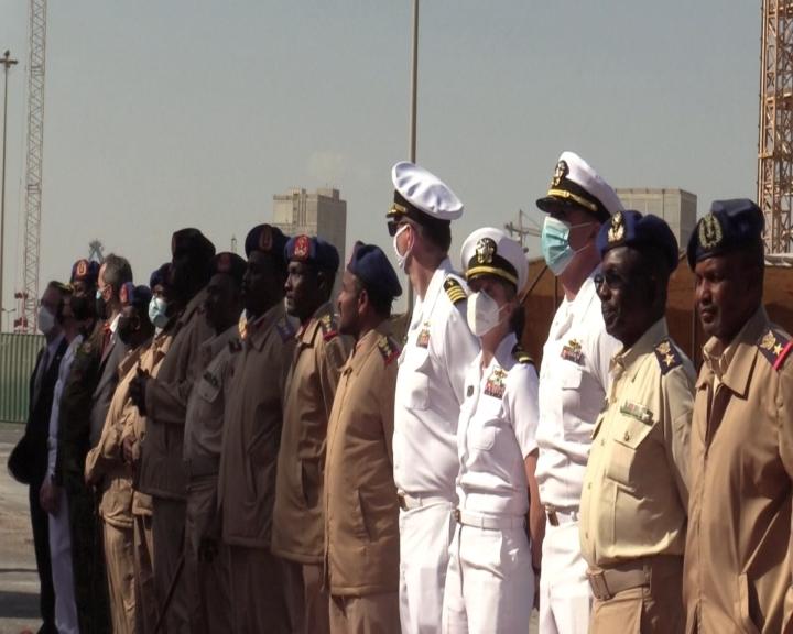增紅海區域影響力 美俄軍艦前後訪蘇丹港