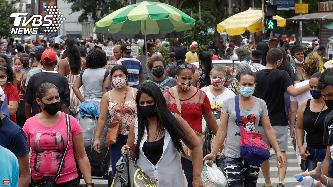 巴西聖保羅州近期染疫人數激增。(圖/達志影像美聯社) 巴西聖保羅州新冠疫情升溫 州長:不排除封城