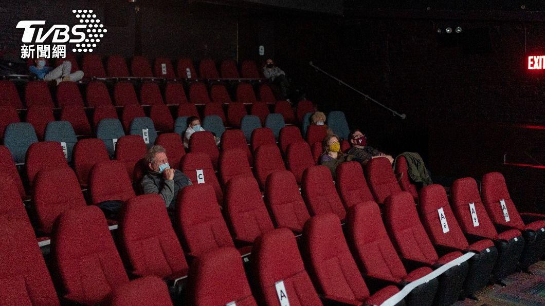 紐約戲院終解封 加州迪士尼獲准4月重啟