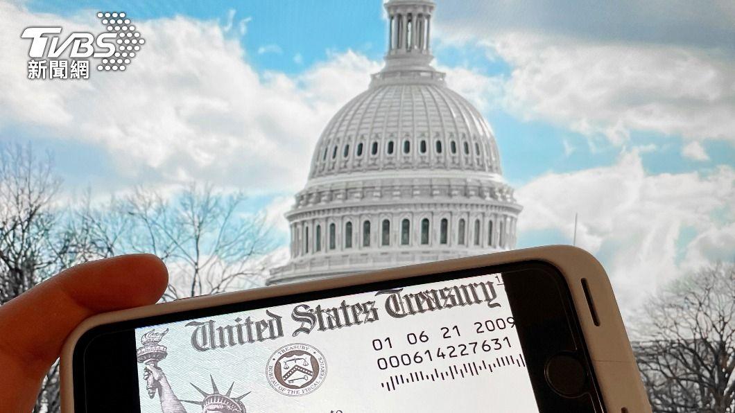 美國參議院今(7)日通過歷史上第二大紓困案,預計9日送至眾議院表決。(圖/達志影像美聯社) 美參院通過1.9兆美元紓困案 眾院9日表決料過關