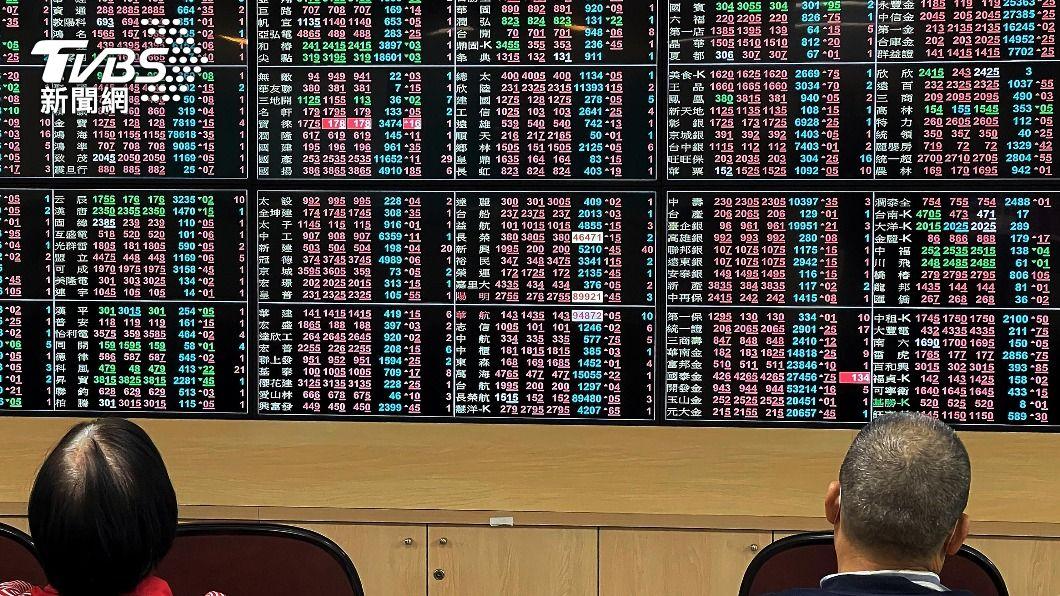 (圖/中央社資料照) 航運、鋼鐵當家 台股收17263.28點續創新高