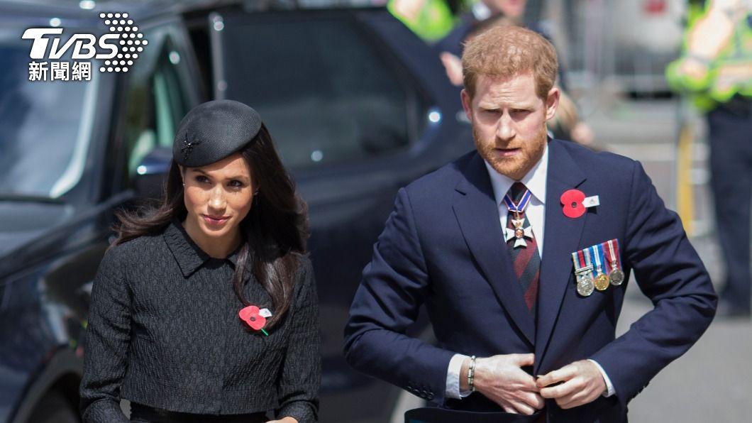 英國哈利王子與妻子梅根。(圖/達志影像美聯社) 梅根爆婚禮前3天已與哈利完婚 稱凱特把她弄哭