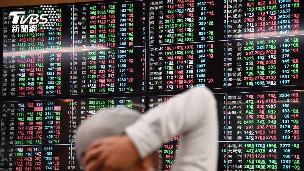 (圖/中央社) 外資上週賣超台股715億 晶圓雙雄居賣超前2名