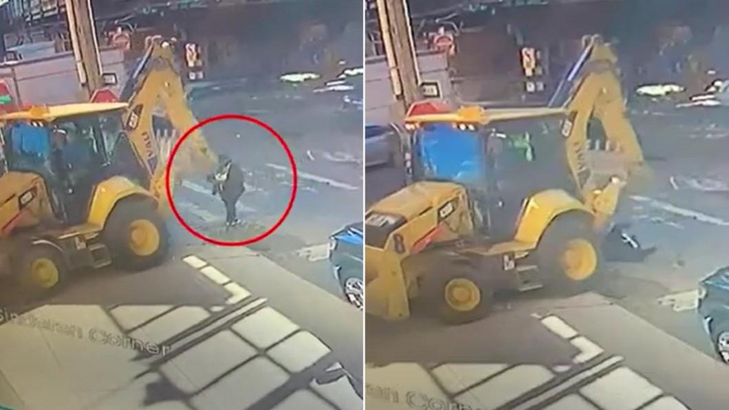 女子過馬路滑手機慘遭怪手輾斃。(合成圖/翻攝自Daily Mail) 過馬路低頭滑手機 美女遭「怪手K頭」輾壓慘死