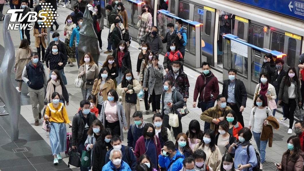 圖/TVBS 張文宏:2022下半年 口罩才有可能不用戴