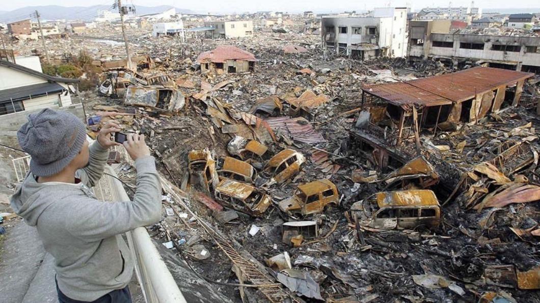 日本東北部10年前遭逢規模9.0大地震。(圖/翻攝自KanakoSuwa推特) 憶311大地震和妻吵架 尪見遺體悲慟:怎麼不跑呢