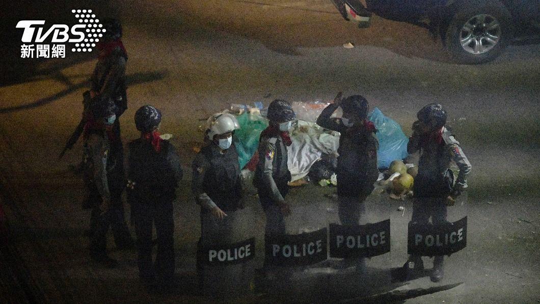 自緬甸政變以來,軍政府至少已殺害70人。( 圖/達志影像路透社) 緬甸政變如戰場 聯合國:軍政府至少殺害70人