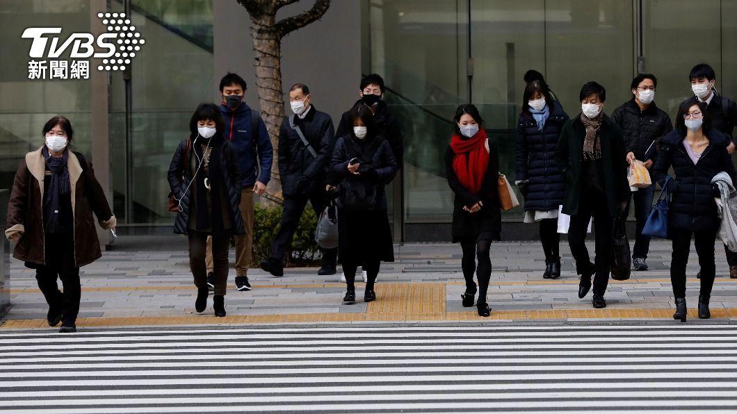 日本官員指出,解除緊急事態宣言前提下要能避免疫情再度回溫。(圖/達志影像路透社) 日本首都圈疫情有回溫跡象 解除緊急事態待評估