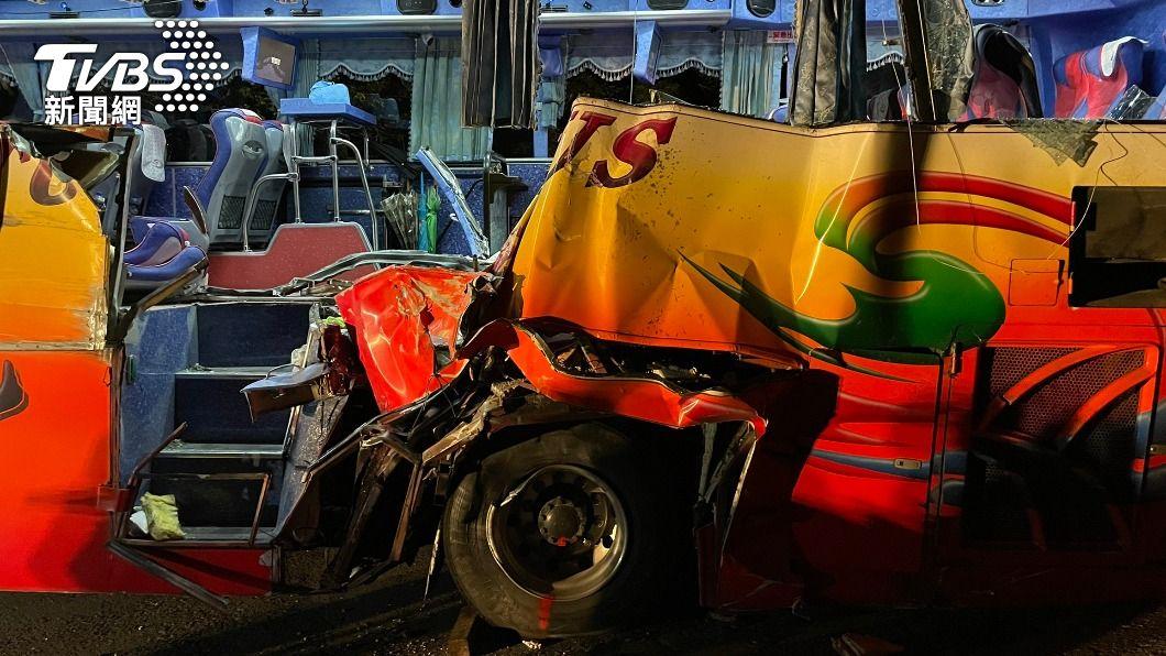 蘇花公路發生遊覽車嚴重事故。(圖/TVBS) 遊覽車撞山奪6命 阿公「每團必跟」1原因留家躲死劫