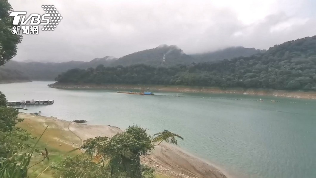 供應大台北地區用水的翡翠水庫絲毫不受影響。(圖/TVBS資料畫面) 半世紀最慘旱災「台北不缺水?」 學者揭翡翠水庫3關鍵
