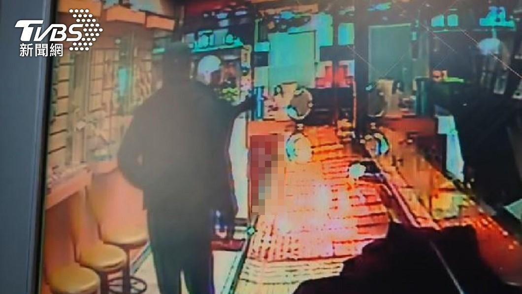 三重銀樓搶案1嫌落網。(圖/TVBS) 噴辣椒水狂毆老闆劫3千萬 銀樓搶匪1落網