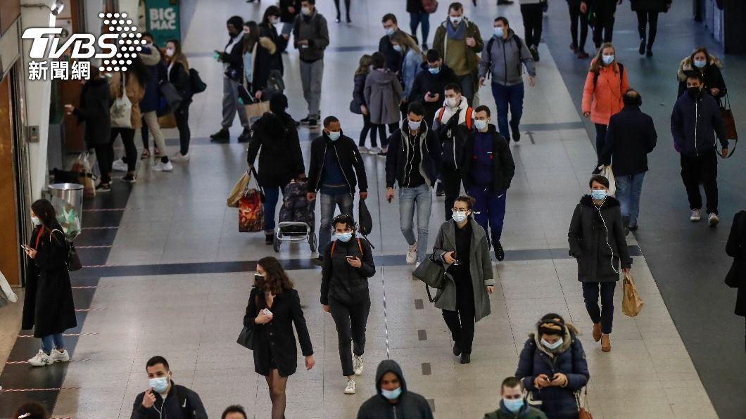 (圖/達志影像美聯社) 法國因應第3波新冠疫情 巴黎等地區有限度封鎖
