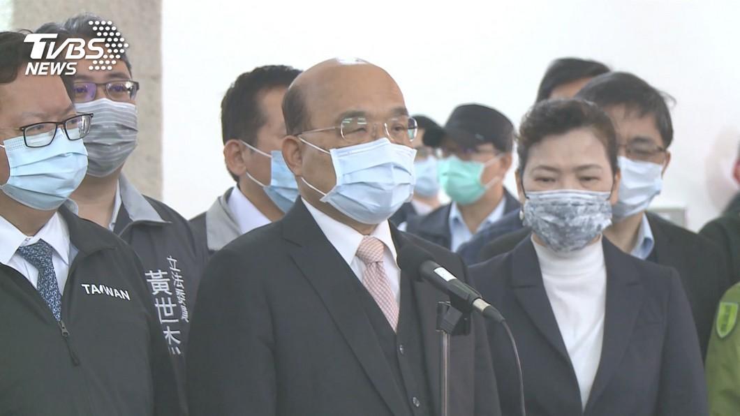 行政院長蘇貞昌表示願意將率先接種施打AZ疫苗。(圖/TVBS) AZ疫苗22日開打 蘇貞昌提1條件:願率先接種