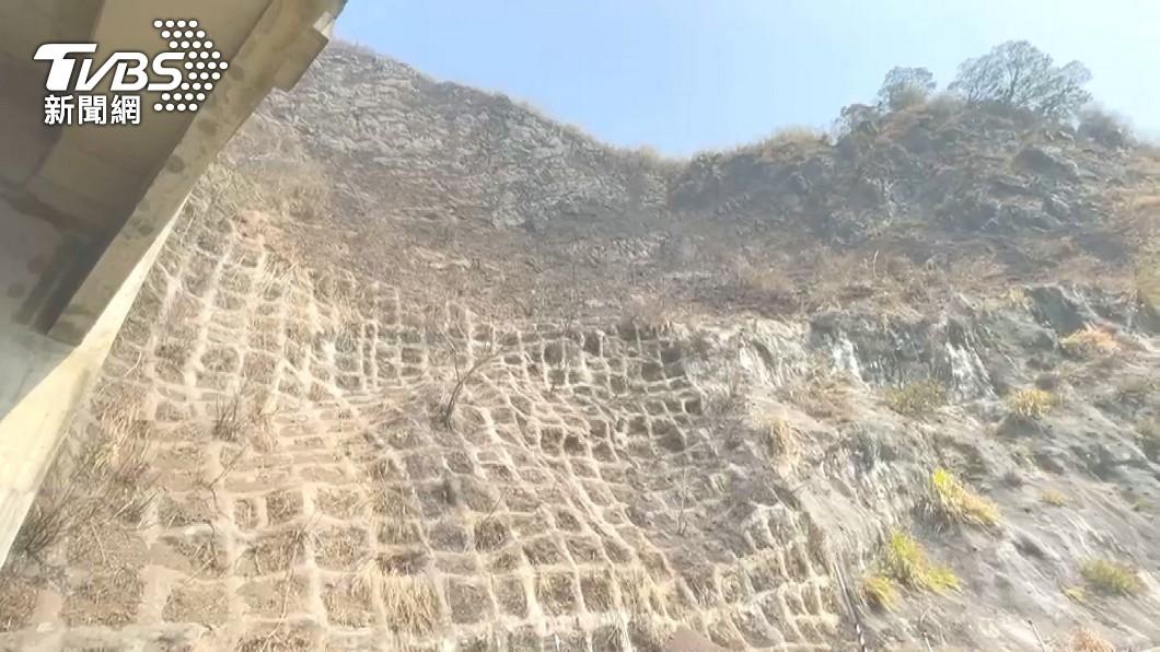 阿里山森林大火燒毀約70公頃林地。(圖/TVBS) 阿里山森林大火 中大衛星遙測估70公頃林地受災