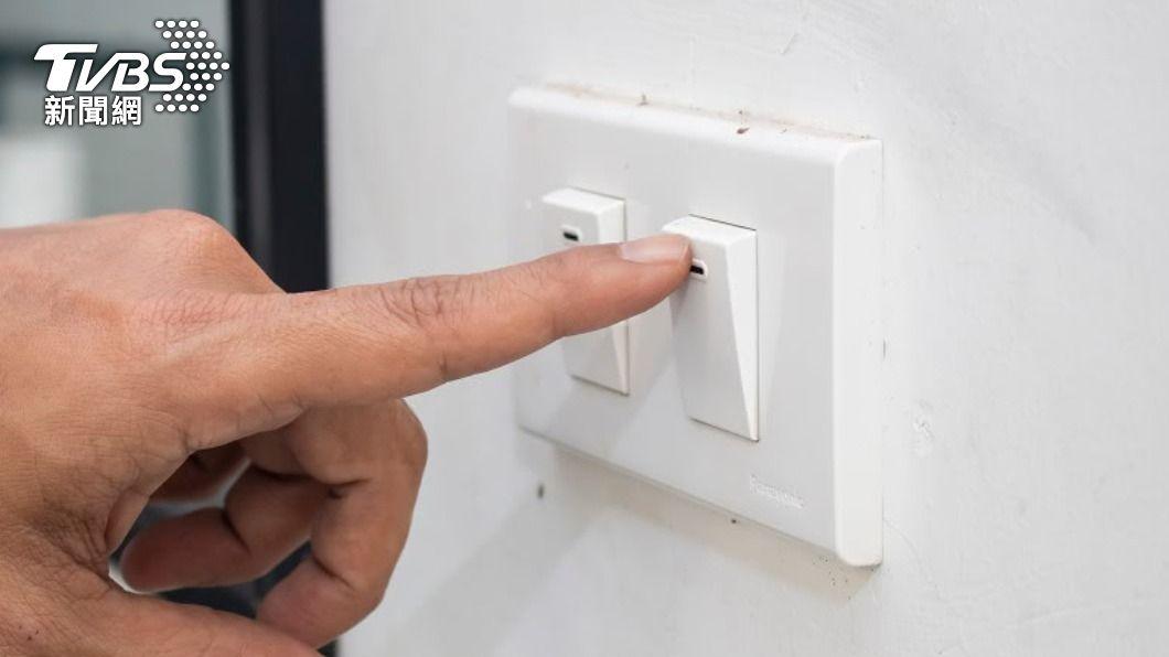 (示意圖/shutterstock 達志影像) 天氣高溫炎熱 用電量逾3825萬瓩再破紀錄