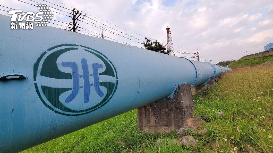 高雄市長陳其邁表示,目前東港溪用水水質尚在正常範圍。(圖/中央社) 水情吃緊!「屎尿河」成高雄民生水 台水:處理後符標準