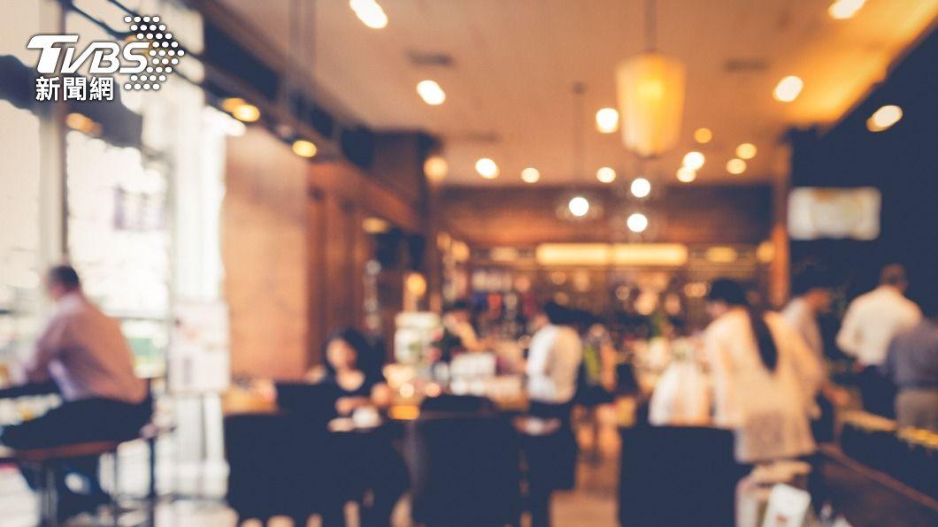 (示意圖/shutterstock 達志影像) 民間消費攀高峰 2月批發零售餐飲業寫同期最佳