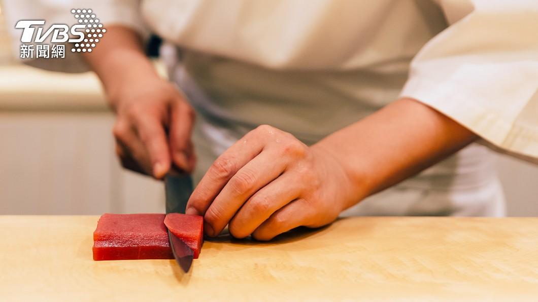知名連鎖壽司店「壽司郎」日前祭出諧音活動。(示意圖/shutterstock達志影像) 最強生魚片非鮭魚? 老饕激推「爽脆又清甜」:吃不膩