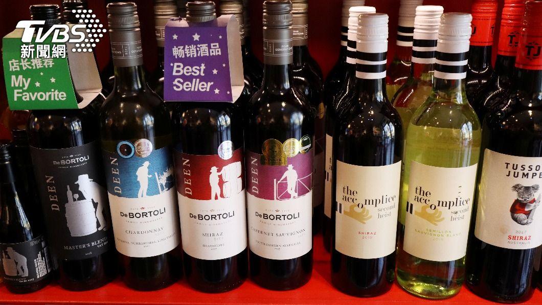 大陸對澳洲進口葡萄酒課徵反傾銷稅,澳洲有意告上WTO。(圖/達志影像路透社) 大陸對葡萄酒徵反傾銷稅 澳洲有意告上WTO