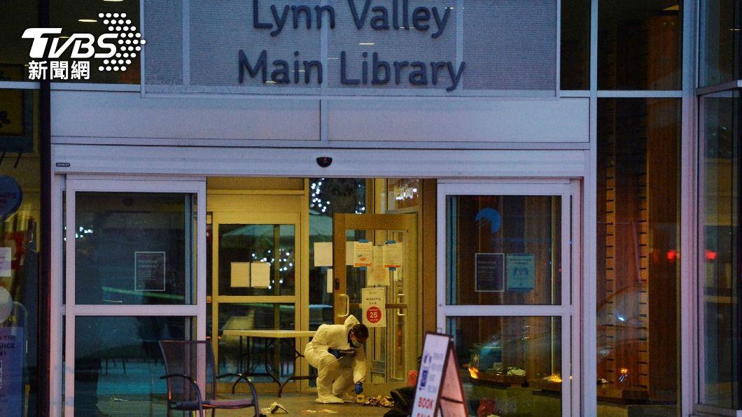 溫哥華今(28)日一處圖書館發生一起攻擊事件,造成1死、5傷。(圖/達志影像路透社) 溫哥華持刀攻擊案釀1死5傷 凶嫌落網