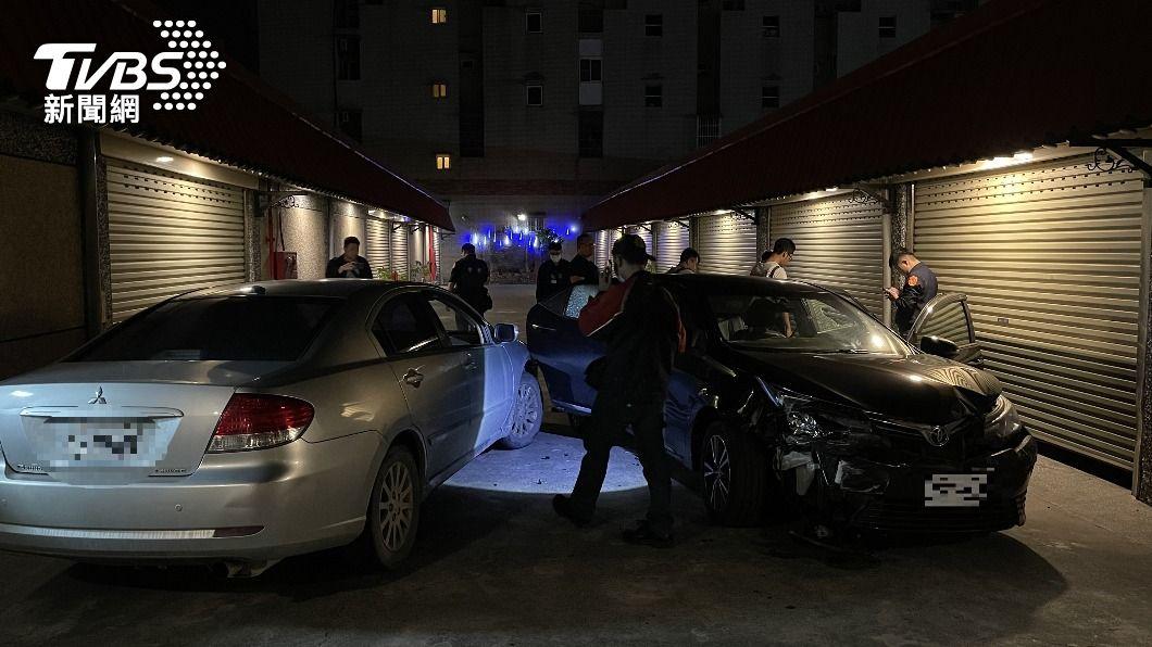 (圖/中央社) 追捕通緝犯遭衝撞 屏東警對車連開21槍逮人