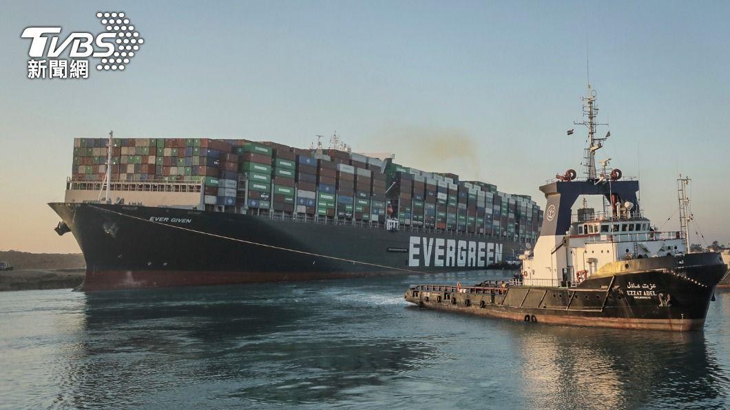 (圖/達志影像美聯社) 漲潮時長賜輪若能脫困 蘇伊士運河可能稍後復航