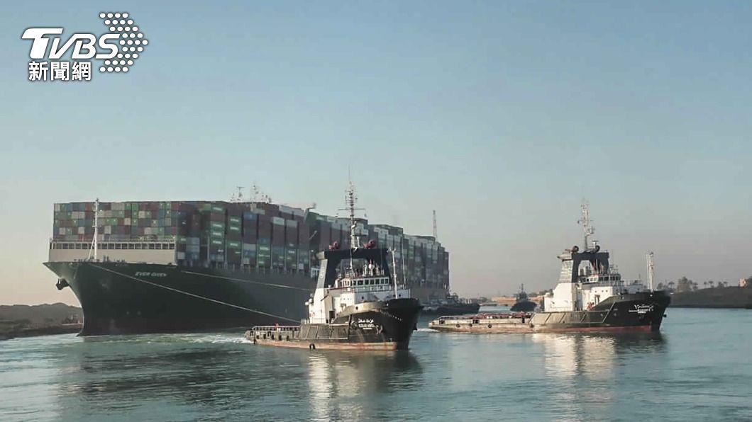 (圖/達志影像美聯社) 長賜輪終於脫困 蘇伊士運河擬3天內紓解近一週塞船