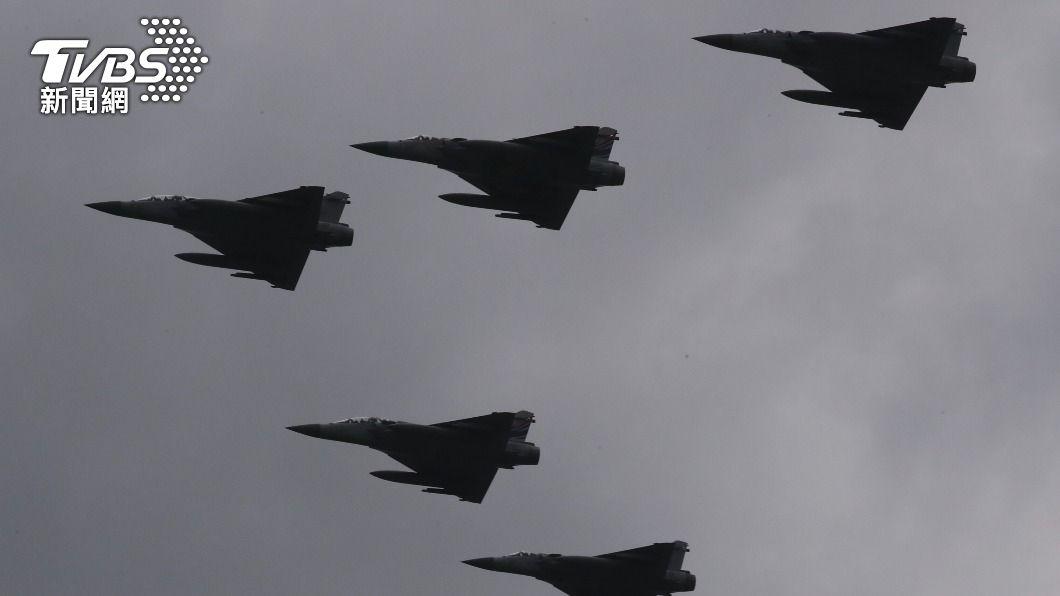 圖為幻象2000戰機。(圖/中央社) 空軍:除F-5戰機 空軍所有機種月底前復飛