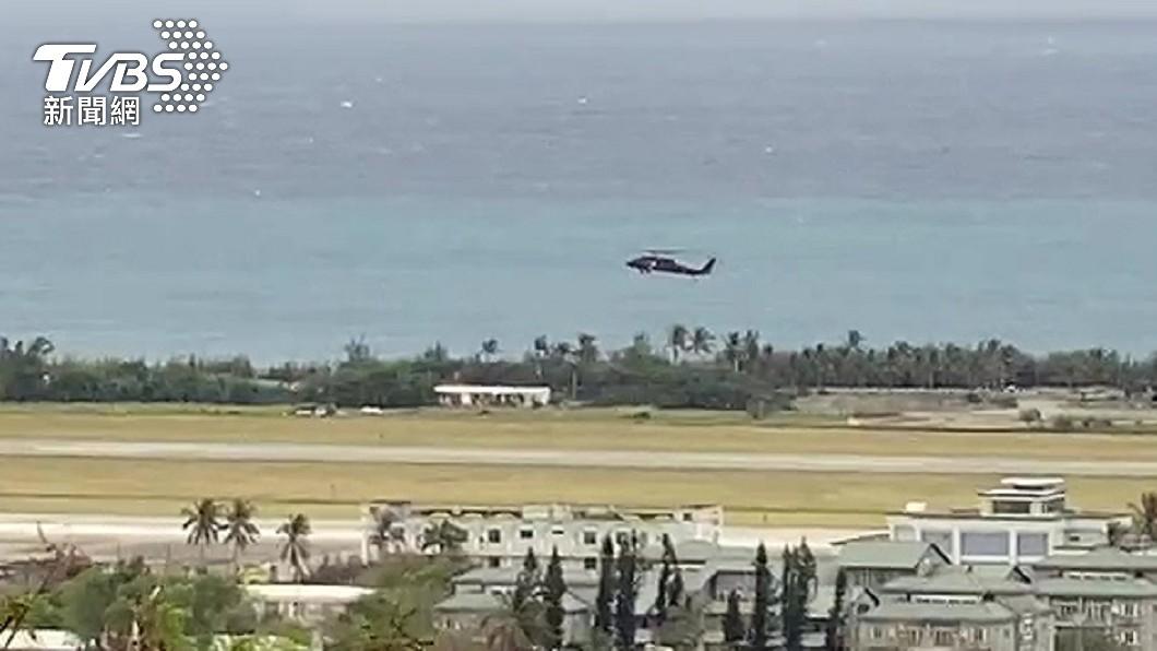 日前F-5E戰鬥機墜海意外,上尉潘穎諄的下落仍在尋找中。(圖/TVBS資料畫面) 屏東南灣出現一浮屍 身穿衝浪褲排除飛官潘穎諄