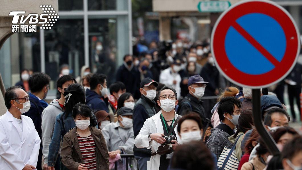 日本政府認為國內疫情不見減緩,有可能會再次延長緊急事態宣言。(圖/達志影像 路透社) 疫情未降溫!即將到期的緊急宣言 日本各縣府憂恐再延長
