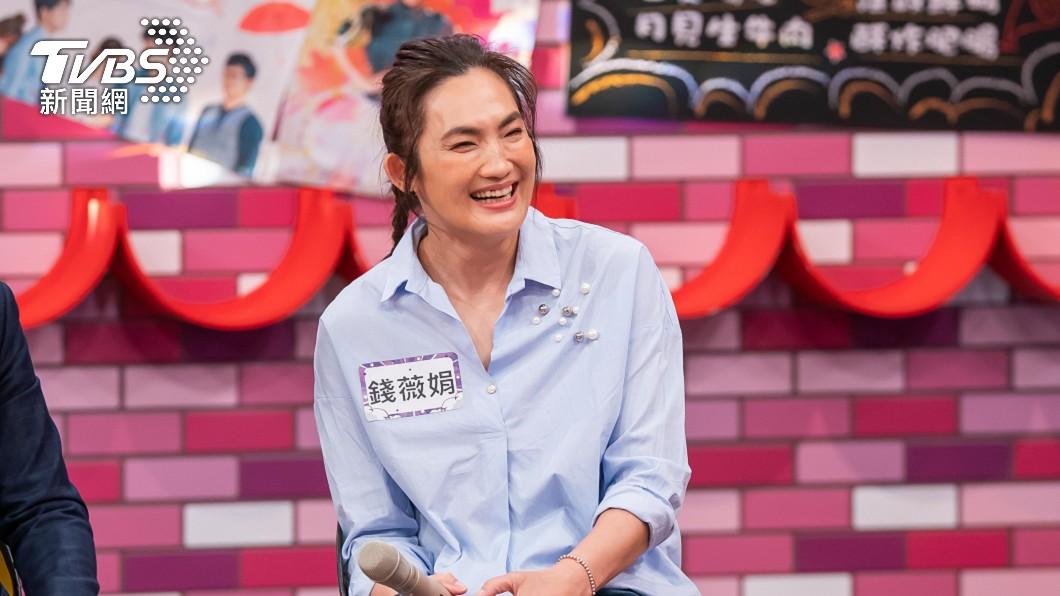 錢薇娟1日錄TVBS42台《11點熱吵店》。(圖/TVBS) 獨/如廁像蜘蛛人!50歲錢薇娟「決定動刀」曝2新目標