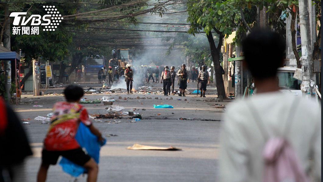 圖/達志影像美聯社 緬甸軍宣布4月停火30天 CNN:「攏是假」