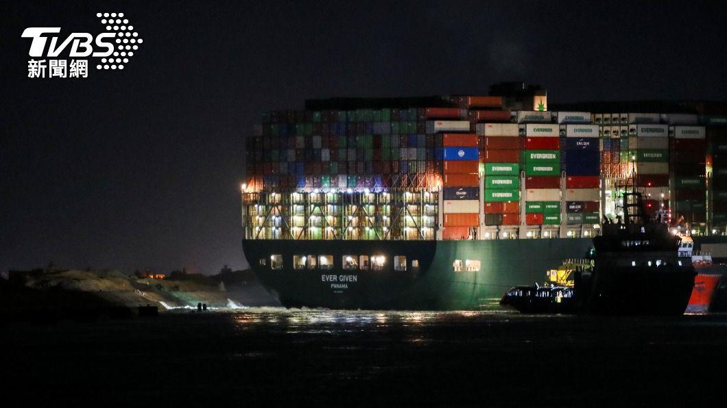 (圖/達志影像路透社) 長賜輪脫淺運河後問題沒完 船東要告長榮海運