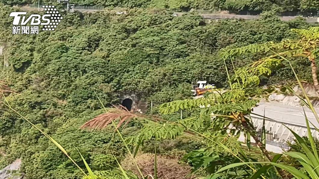 太魯閣號事故 研判工程車滑落5至7分鐘後發生