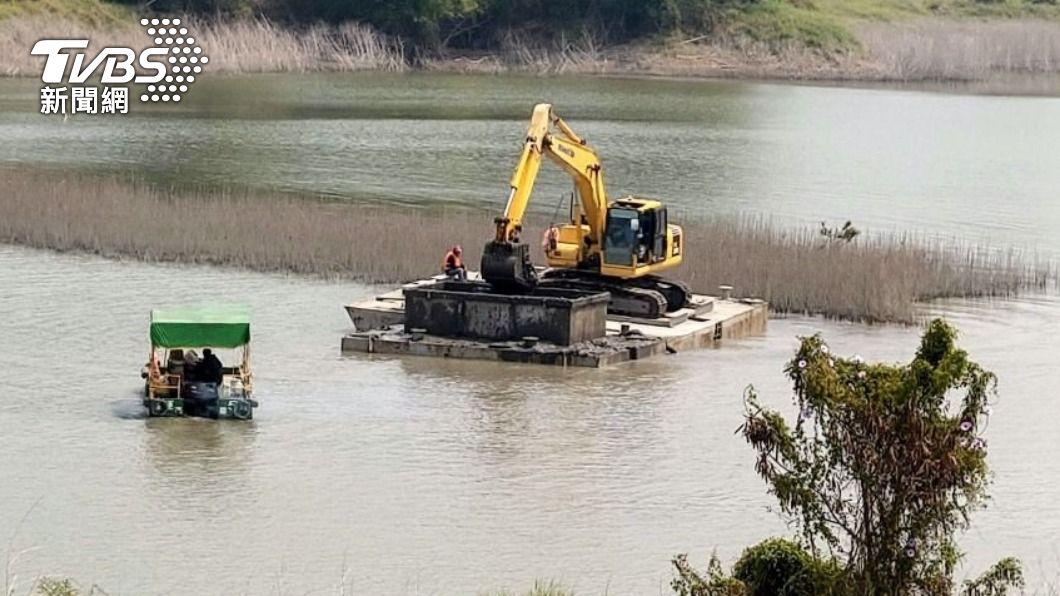因應「空庫期」將屆,南水局優先安排阿公店水庫實行清淤工程。(圖/TVBS資料畫面) 蓄水兼防洪 阿公店水庫6月起空庫3個月