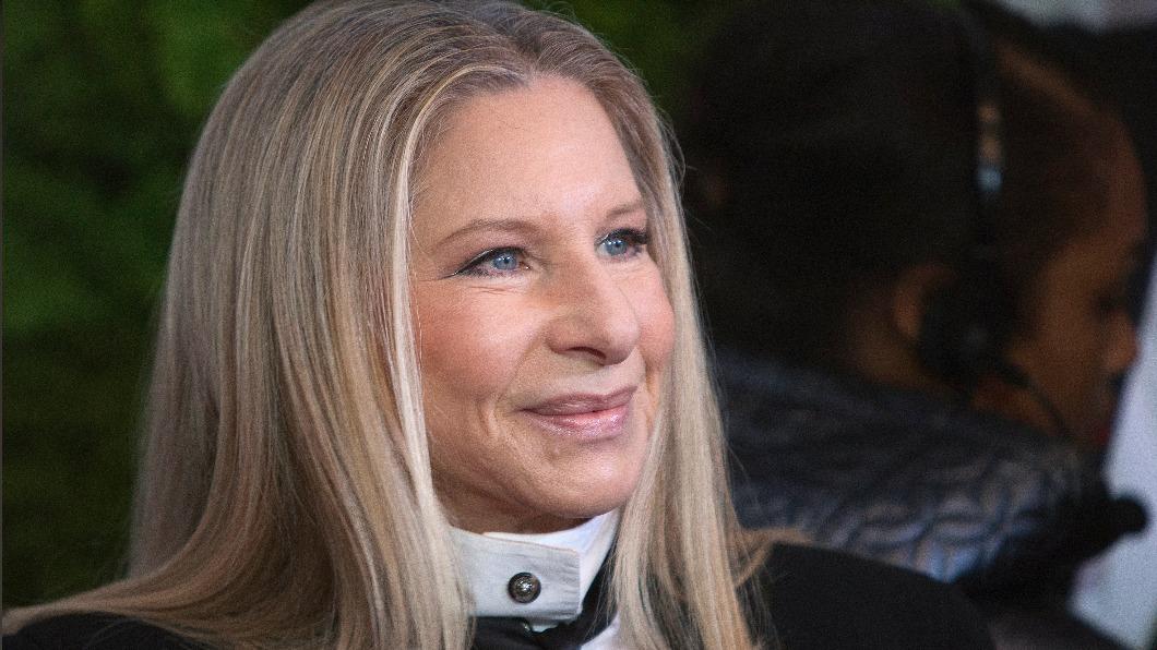 美國知名影星芭芭拉史翠珊於推特上發文為太魯閣號出軌意外哀悼。(圖/達志影像路透社) 太魯閣號意外傳遍國際 美國傳奇女星看新聞看到落淚