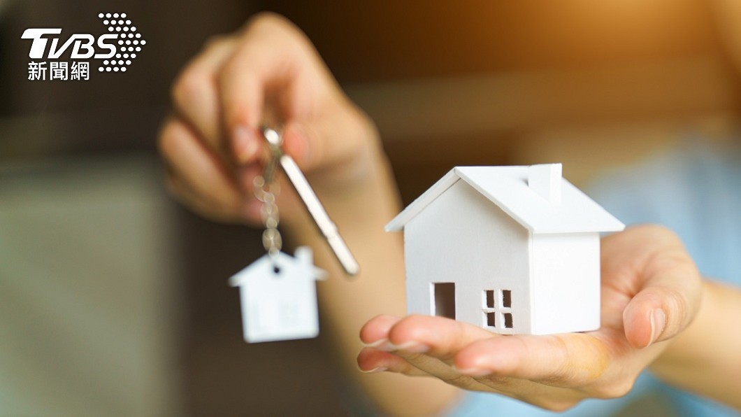 買房不僅要存頭期款,還得要有預備金。(示意圖/shutterstock 達志影像) 買房憂裝潢費不足 過來人揭「關鍵」勸:別信貸
