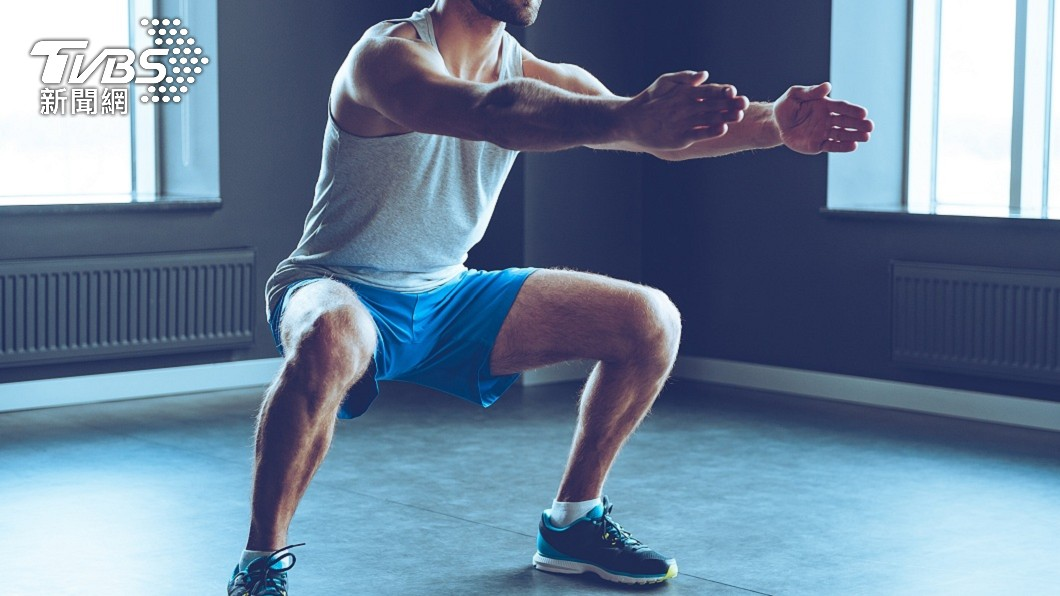 柔性深蹲就能訓練肌肉。(示意圖/shutterstock 達志影像) 鍛鍊免再汗流浹背 「柔性深蹲」達效果又防傷害