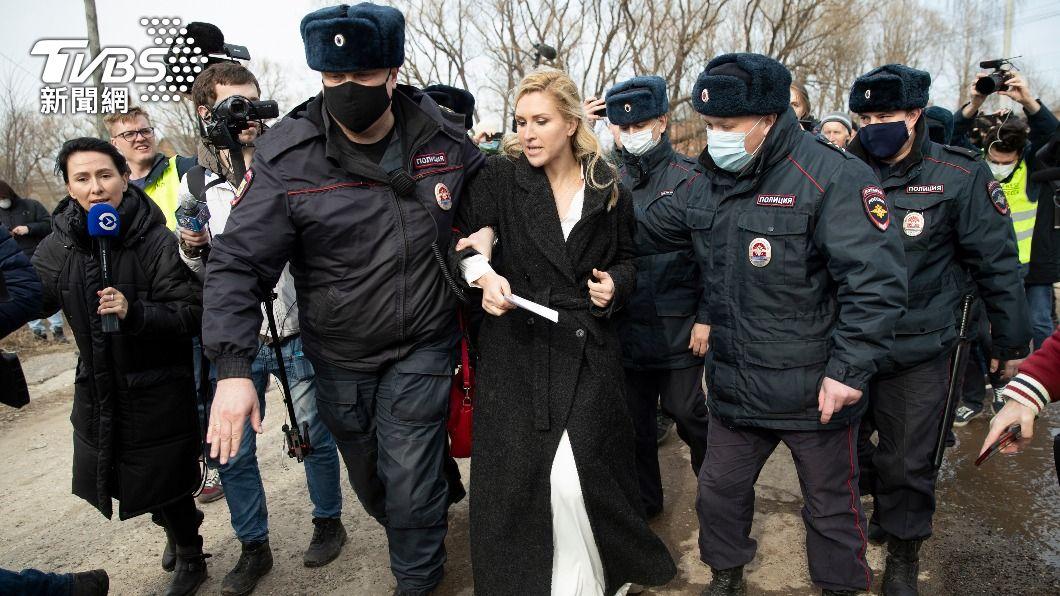 (圖/達志影像美聯社) 支持者想探視異議人士納瓦尼不成 還遭俄國當局逮捕