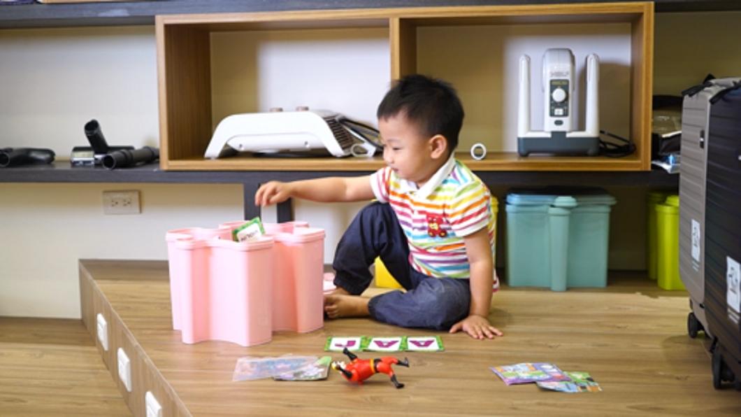 486團購北中南展示中心皆提供孩童玩耍的空間,同仁若有需要帶小孩一起上班不用擔心育兒。(圖/486團購提供) 出生率低到會怕 他送生育補助最高爽領百萬幫員工養兒