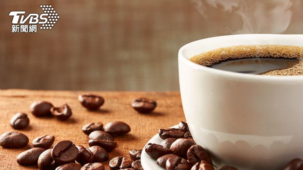 研究調查發現,咖啡含有許多有益健康的成分,可降低中風及心臟病發機率。(示意圖/shutterstock達志影像) 養生新趨勢 選對咖啡能有效防癌減肥降血脂