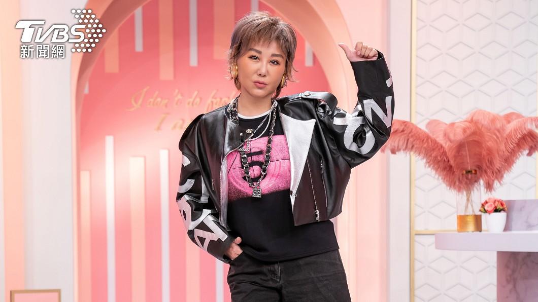 「時尚教主」藍心湄主持TVBS《女人我最大》至今已18年。(圖/TVBS) 藍心湄浴室重摔「脊椎斷裂」 再爆棚內靈異事件
